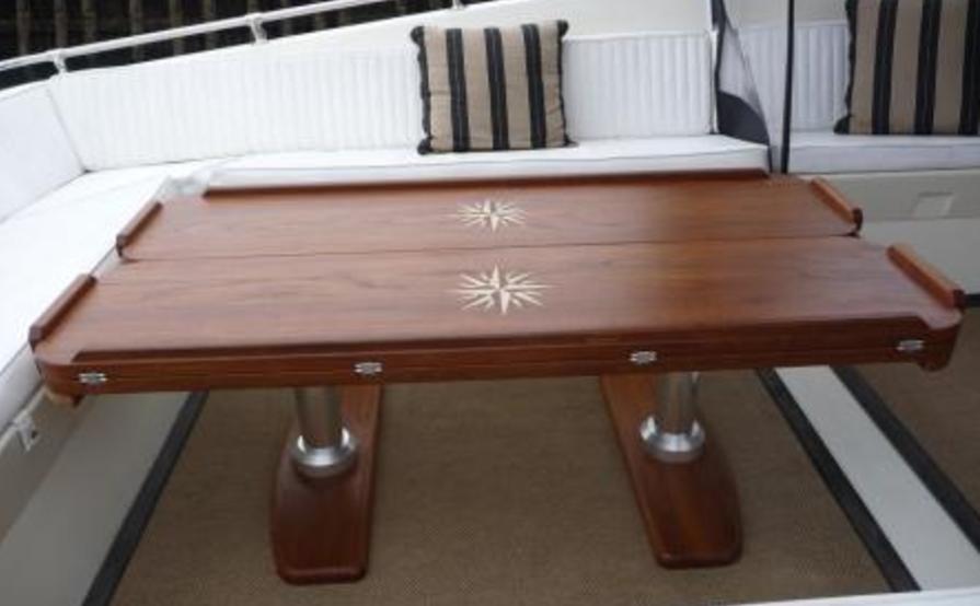 yacht desk