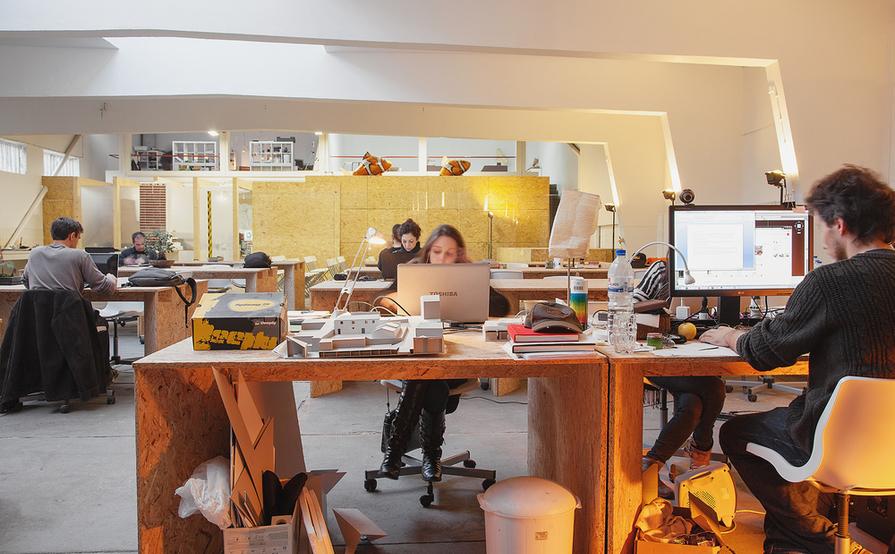 Desk A Desk B