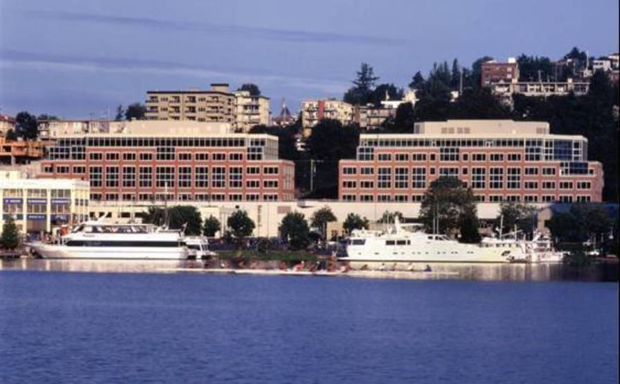 Lake Union - Executive Suite