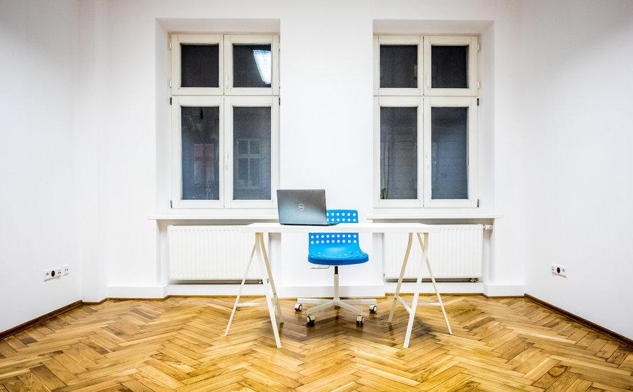 workshop/conference room