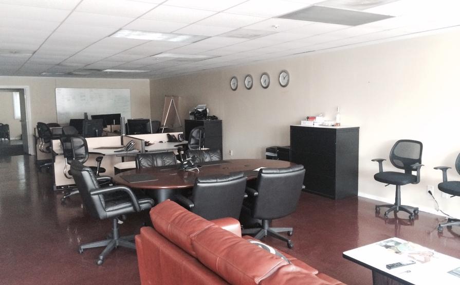 Desk 1-6