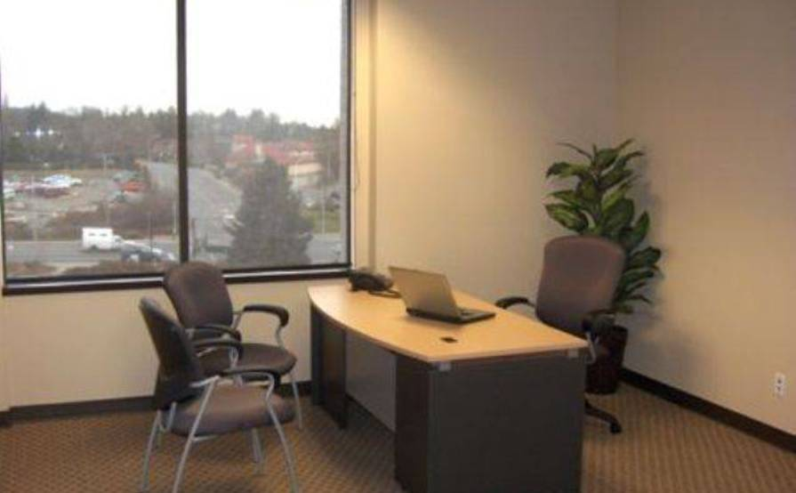 Monthly Office Space-with windows