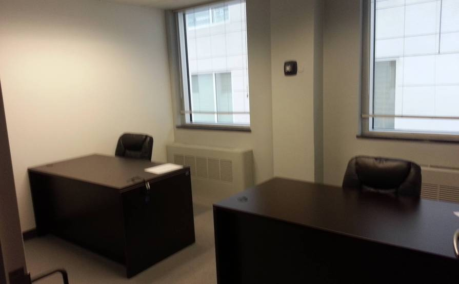 Small Size Offices with 1desks