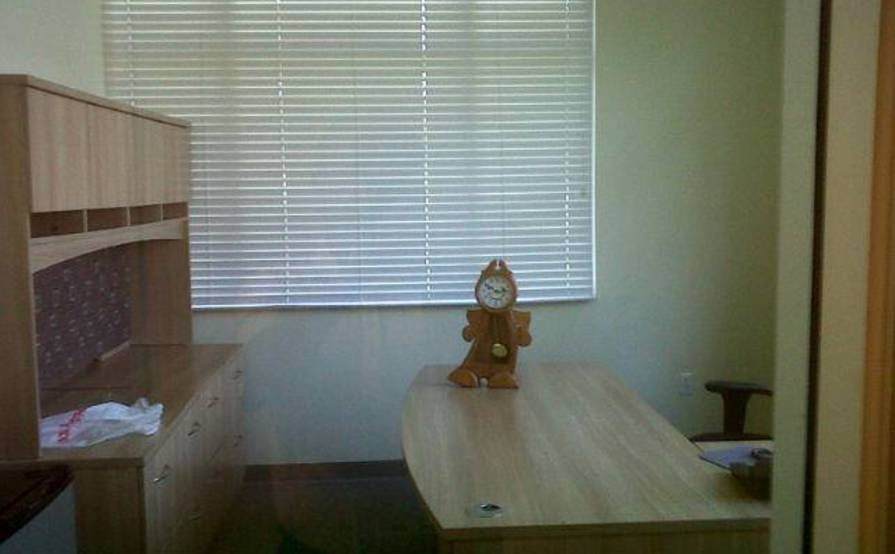 Private EXECUTIVE OFFICE