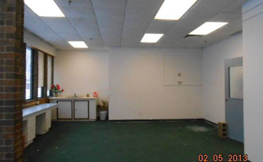 Individual office rooms for rent