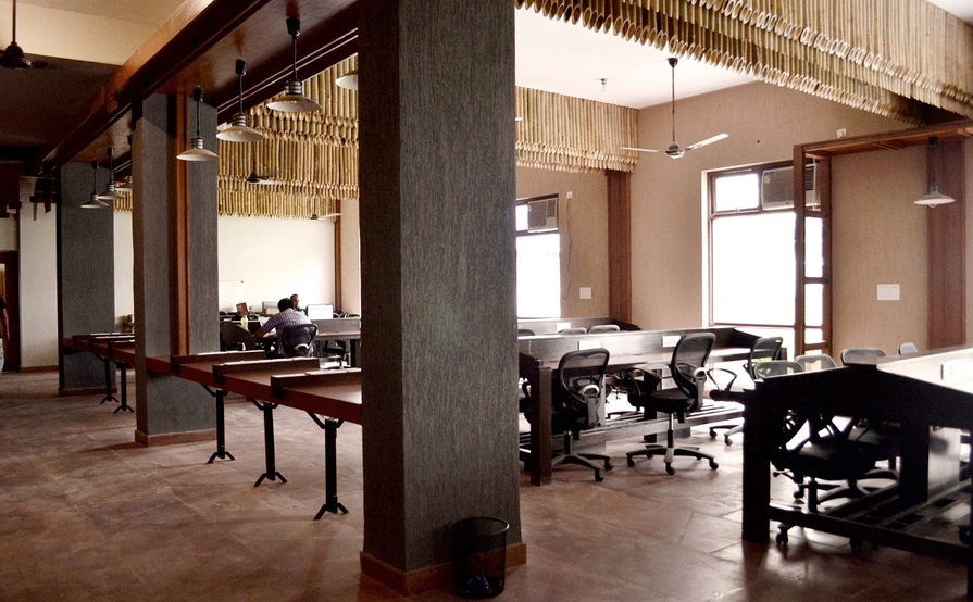 Co-working Desks