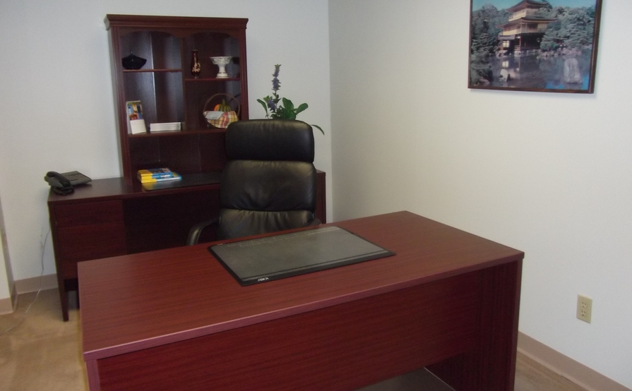 Sobon & Associates, Desk Space or Touch Down Space