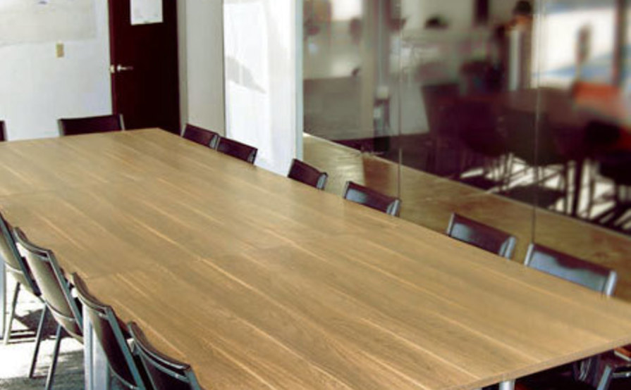 PARISOMA Dedicated Desks