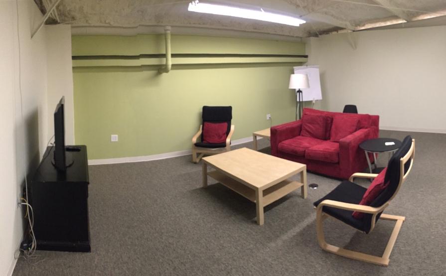 Large Meeting/Break Room