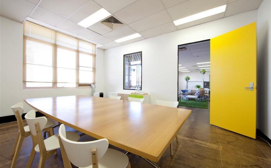 EngineRoom Darlinghurst: Dedicated Desk