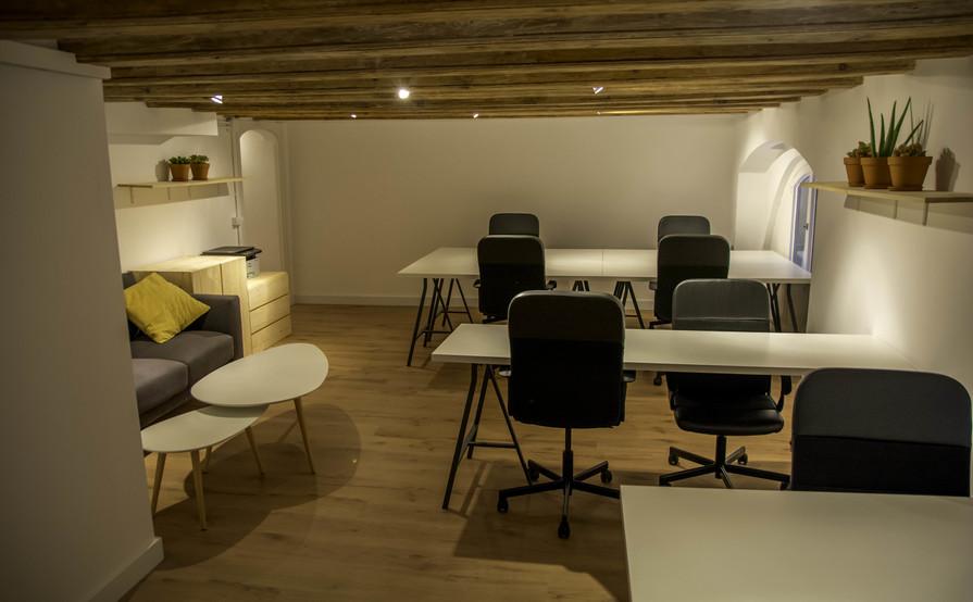 Naïve studio store