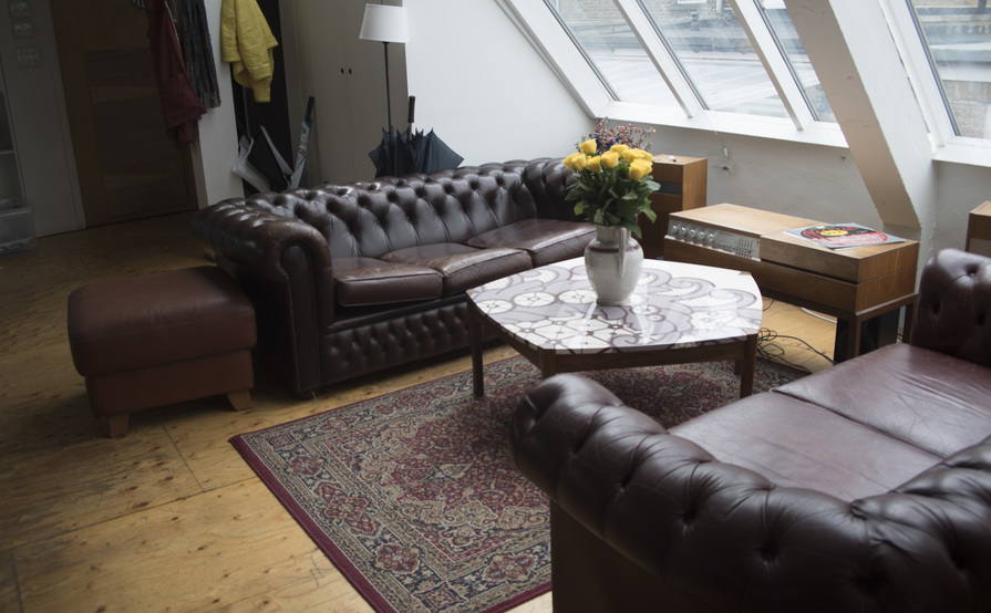 CREATIVE DESK SPACE AVAILABLE IN HACKNEY
