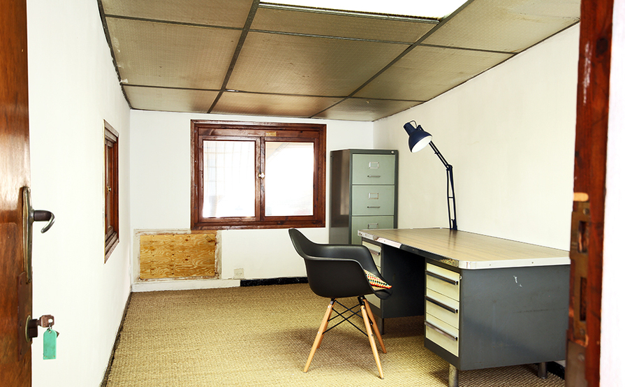 Dedicated office for artists, designers and architects