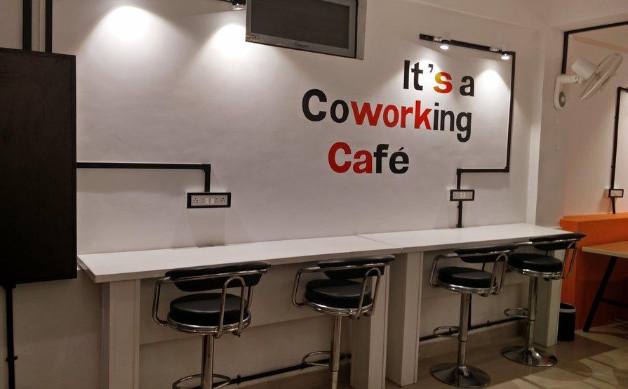 Suits Cafe