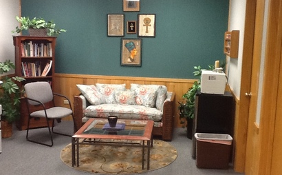 Just east of Havana on Parker Rd. in Aurora, we offer a friendly and professional environment to work or hold meetings.