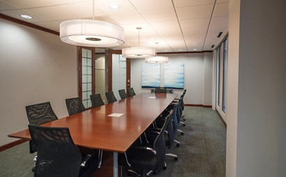 18 person conference room. Capital Room at Peachtree Offices at Downtown, Inc.