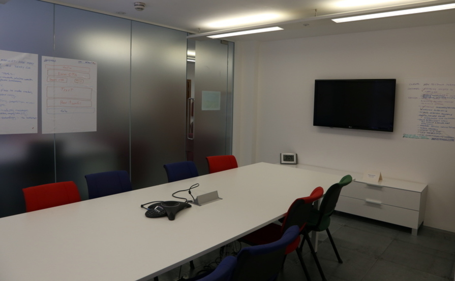 CLERKENWELL - Shared Office Space - 1-6 Desks - EC1V