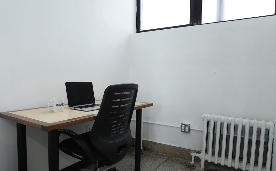 1 Person Private Windowed Office