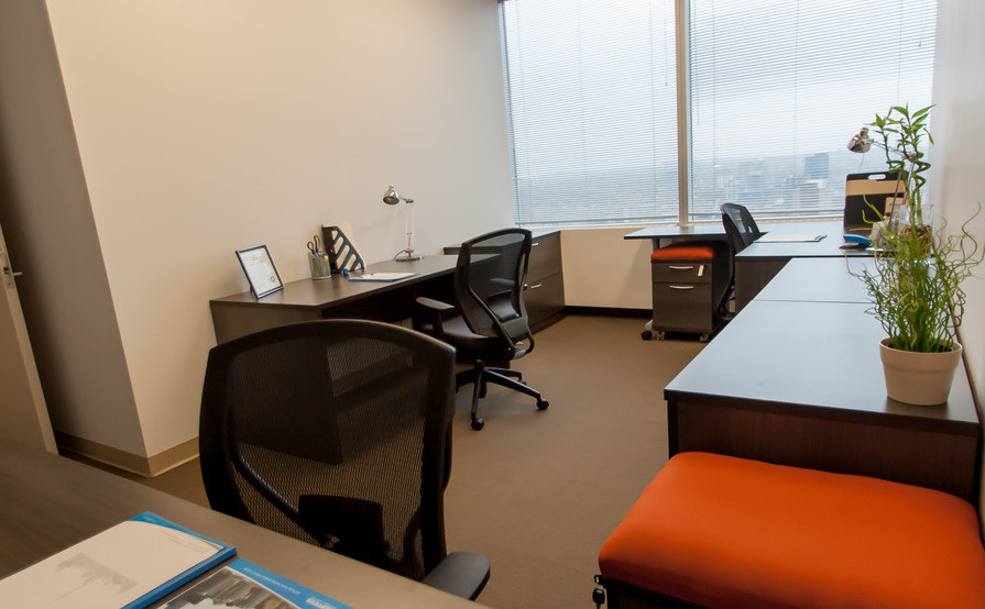 3 Person Interior Office