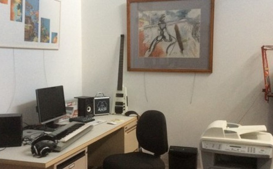 Hot Desk 101