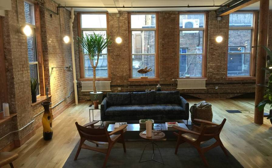 Desks Available in beautiful LOFT office