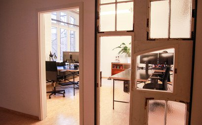 Desks available in shared office in beautiful wild Wedding, Berlin