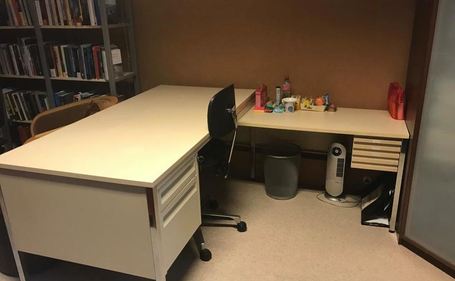 Large desk in quiet shared office with use of all office facilities