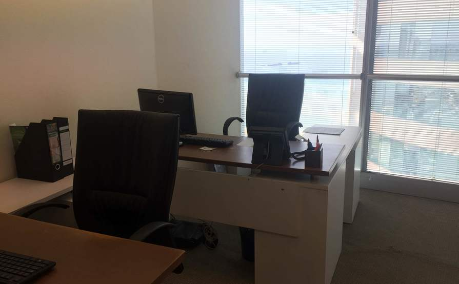 Office Space(s) / Desks for Rent, World Trade Center, Colombo ...