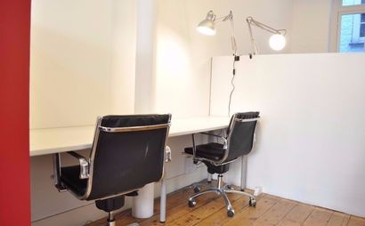 Co-working creative office desk space - Farringdon ( 320/month)