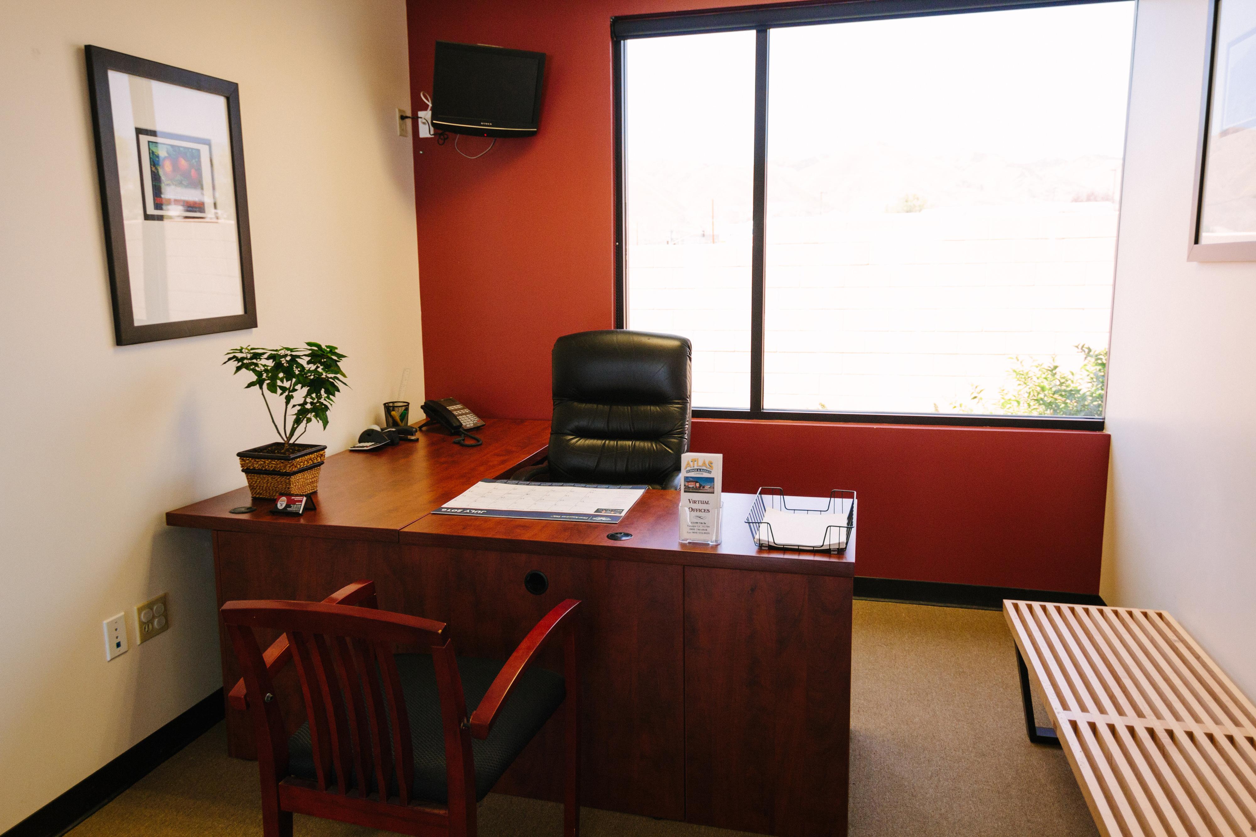 Suite 11 Desks Near Me