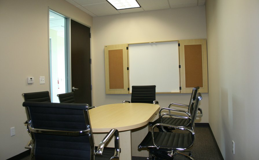 Valencia Office Suites Confrence Room