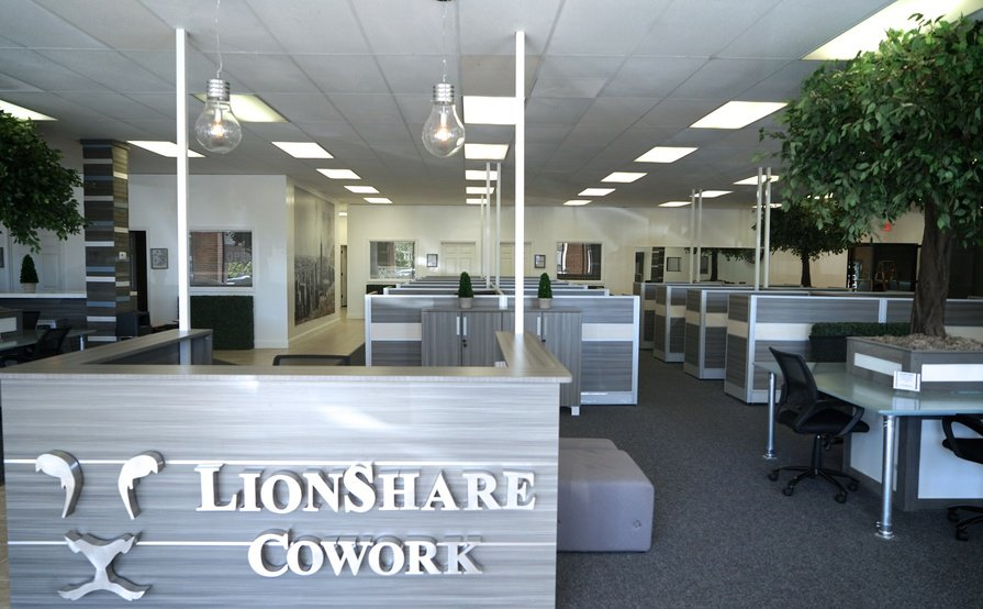 Shared Desk - Coworking