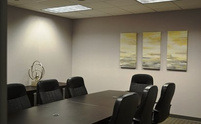 10 person conference room. Chastain Room at Peachtree Offices at Lenox, Inc.