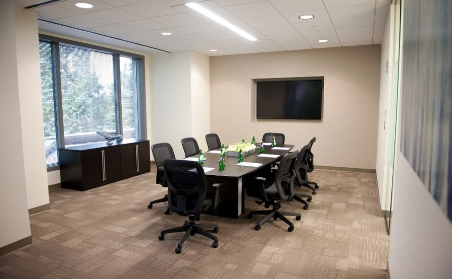 Skyview - 8 Person Conference Room
