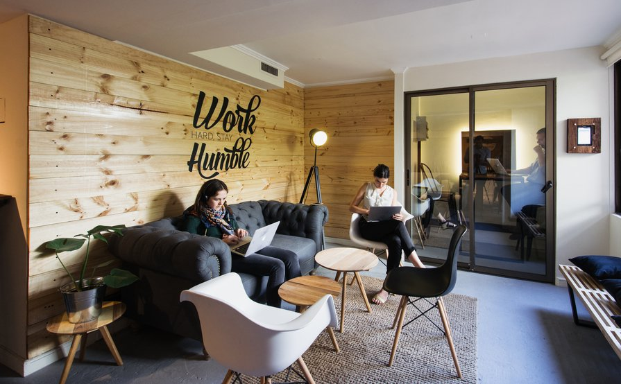 Edge Cowork - Hot Desks