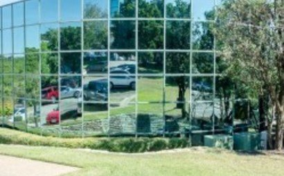 The Reserve: The Reserve Office Park Association consists of eight, two-story, glass-fronted buildings overlooking stunning views of the Texas Hill Country and the Wild Basin Preserve.