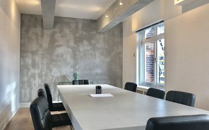 Top Location, MAYFAIR - Desks Space with Elegant Meeting Room Access