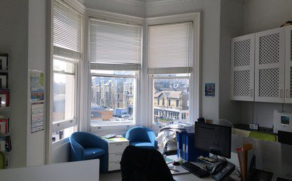 4 desks available in bright & spacious Hove office