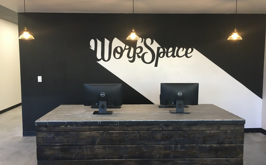 Co-Working Desk