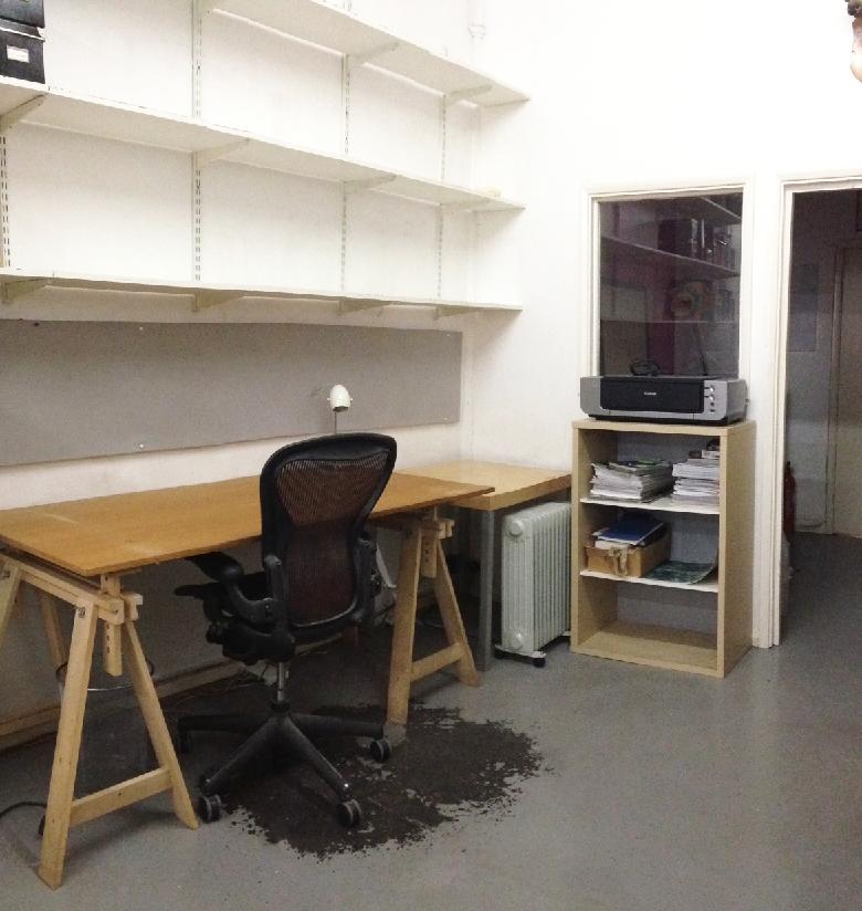 Desk space in creative studio | Desks Near Me