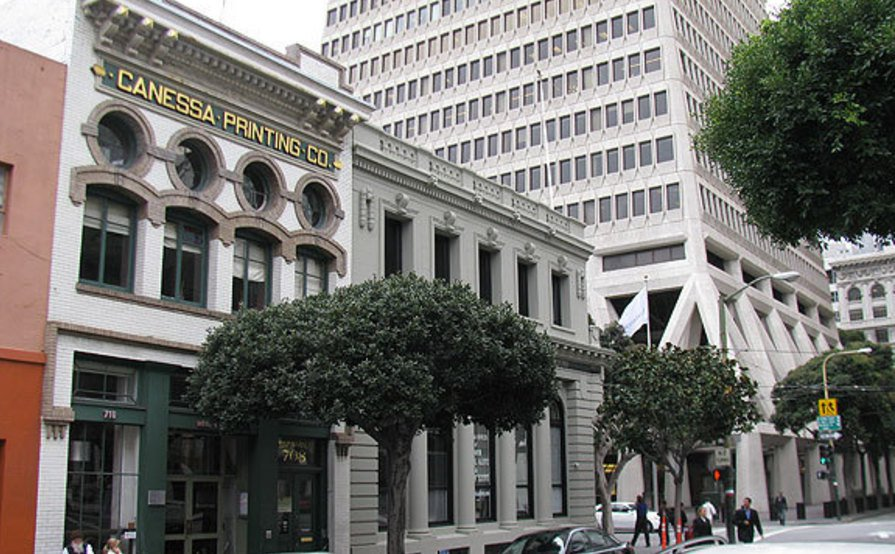The atmosphere of historic San Francisco.