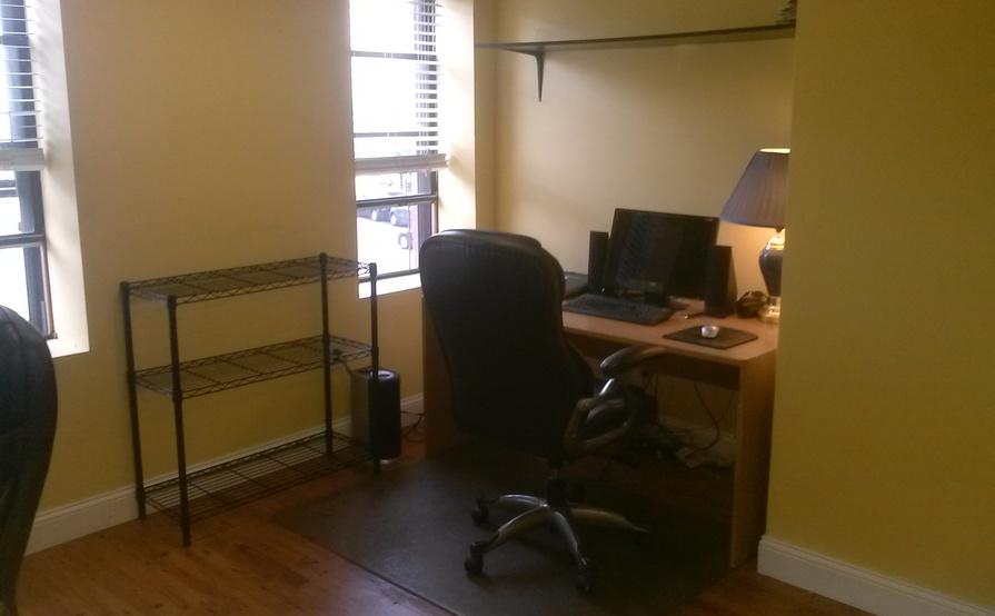 Cage Workspaces 1- 4, Gateway Center, Newark NJ