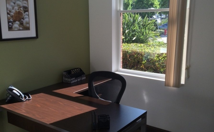 Co working and private offices by the hour, or day with longer term contracts available.