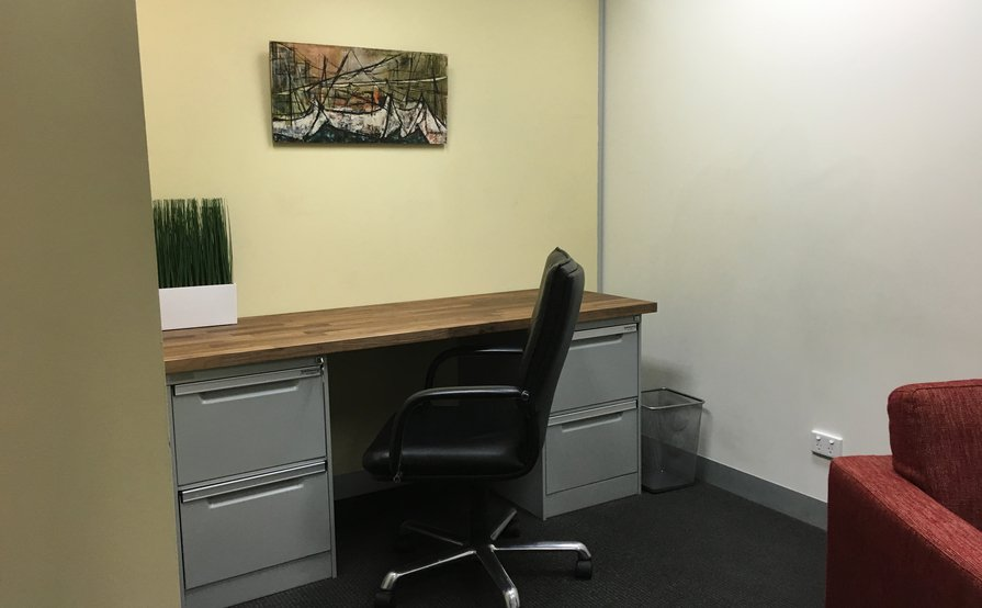 Stylish Office in Professional Location, daily ongoing rental