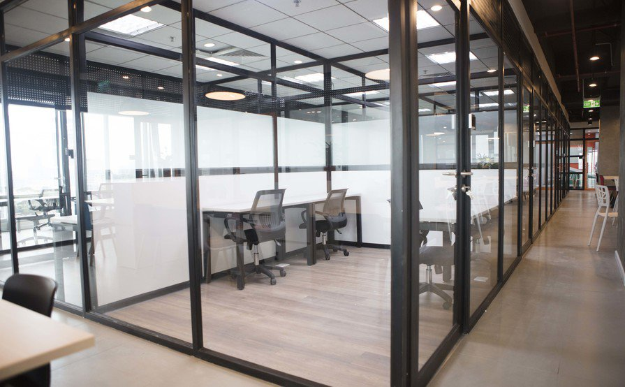 Workyos private office