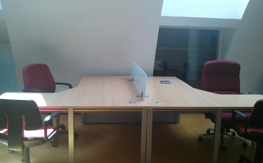 Puesto Coworking - Sala Bajo cubierta