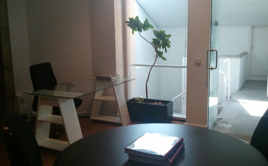 Despacho Privado - Bajo Cubierta