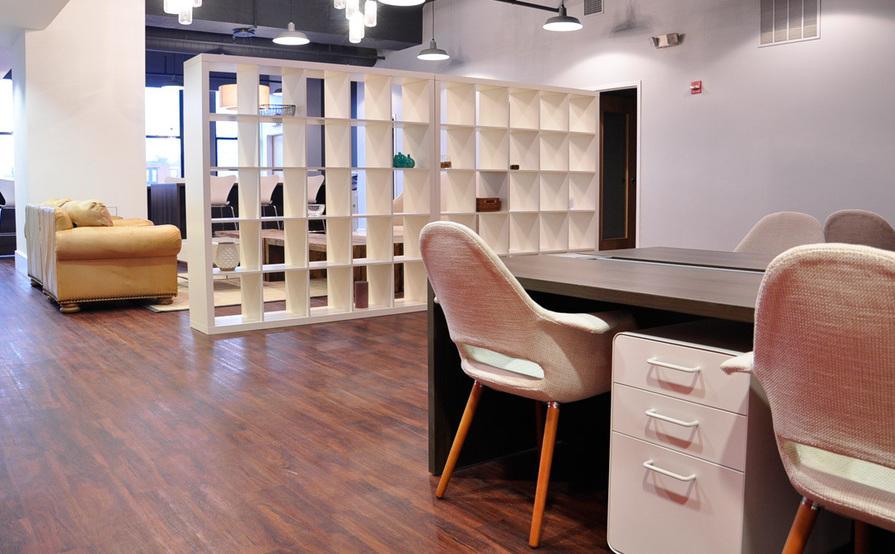 Flexible Desk