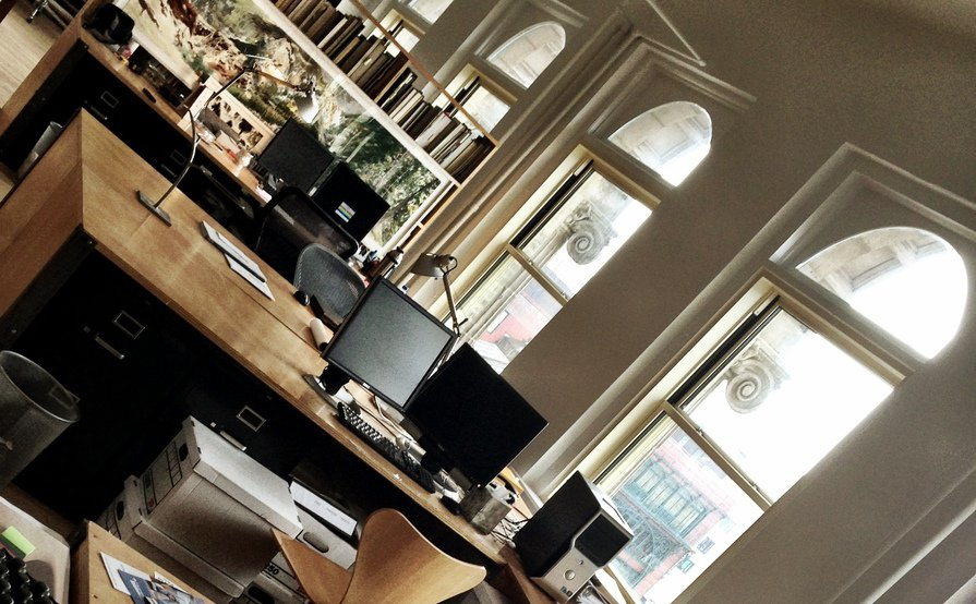 Dedicated desks available in light-filled Soho design studio