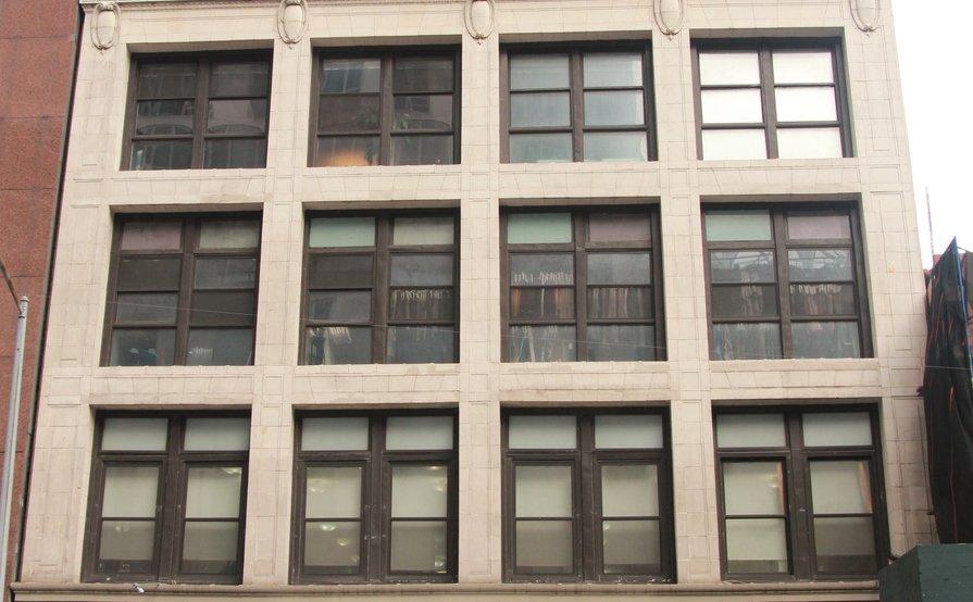 Avenue Near Me >> Office Suite For 15 At 838 Sixth Avenue Desks Near Me